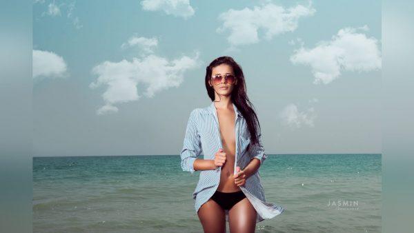 cammeronxx topless beach